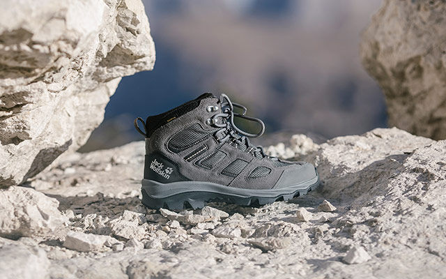 Women Hiking shoes
